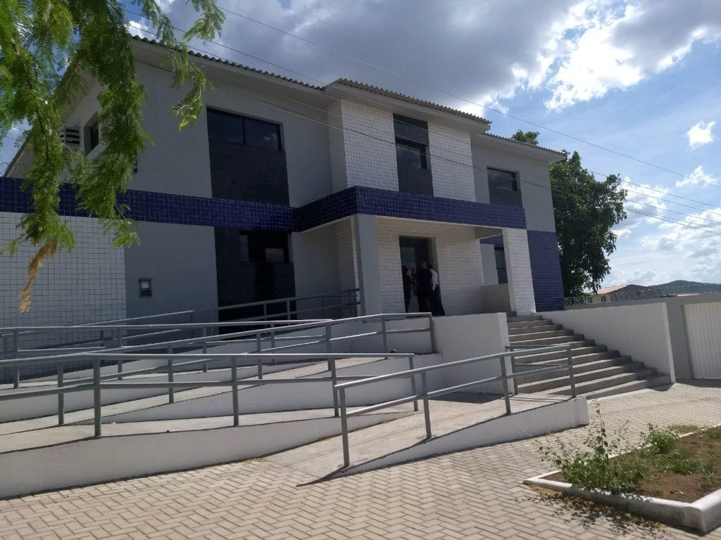 Sindpol alagoas governo n o inaugura casa de cust dia de santana do ipanema deixando cisps for Casa governo it 2018